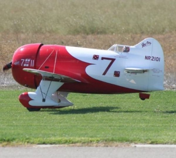 GeeBee R2 (red/white) 1:3.2